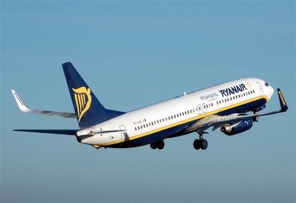 两次空难之后 波音公司要削减737MAX产量