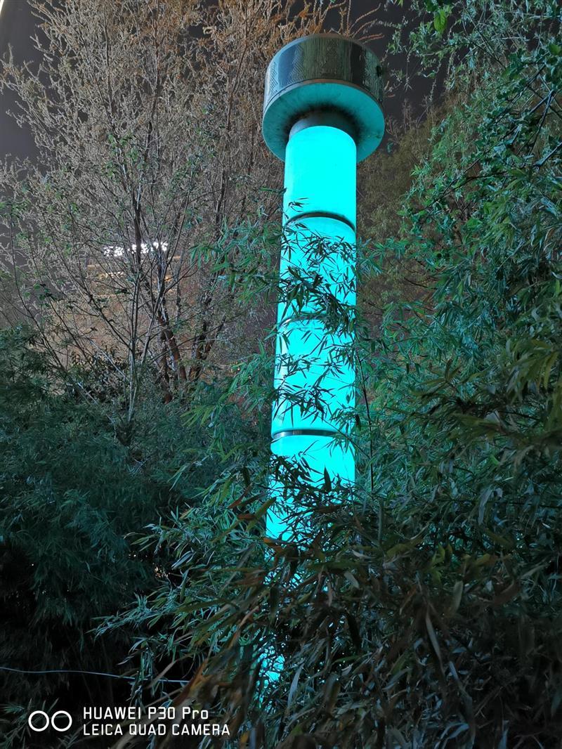 50倍数码变焦堪比望远镜 华为P30 Pro首发评测:超感光徕卡四摄成就暗夜之眼