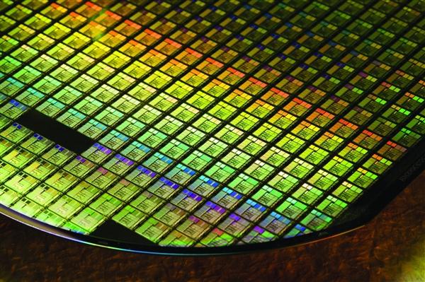 "AMD""女友""又雙叒叕賣業務了 7.4億美元出售ASIC子公司"