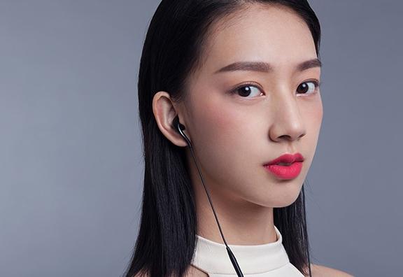 魅族发布EP2C耳机:一体流线型设计Type-C接口