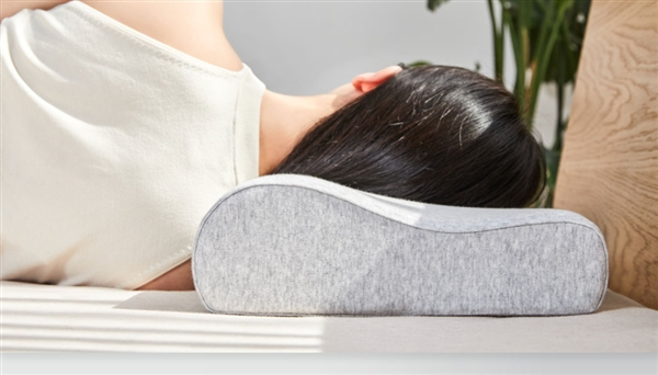 米家护颈记。忆绵枕发布:抬卧侧卧皆安详