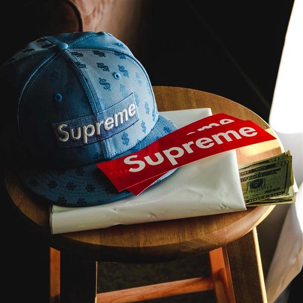 """""""正版""""Supreme维权成功 Supreme Italia两个商标已被中国商标局撤销"""