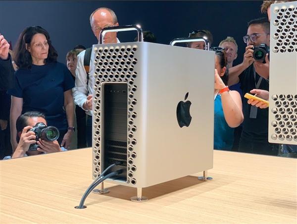苹果Mac Pro被吐槽 刘作虎:只有我觉得很漂亮吗