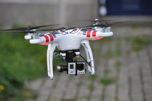 外卖要飞来了!Uber今夏将开始测试无人机送外卖