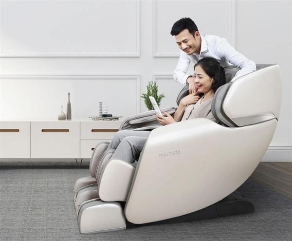 幼米多筹上架AI全身按摩椅:太空舱设计 两栽零重力体验