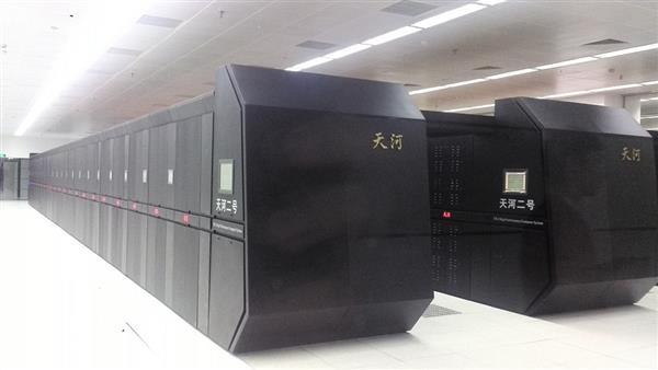 超级计算机500强史上首次全部千万亿次!中国神威太湖之光第三