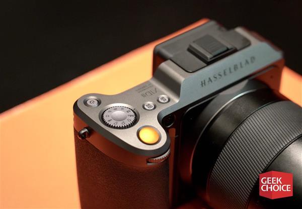 周详升级售价却砍半 哈苏发布新款中画幅无逆相机