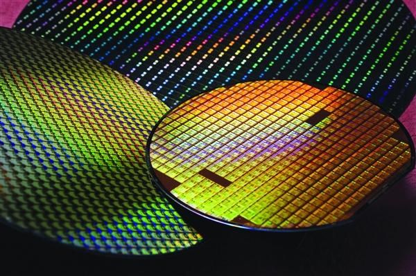 开源指令集RISC-V挺进神速:2年进军手机 5年杀入服务器市场