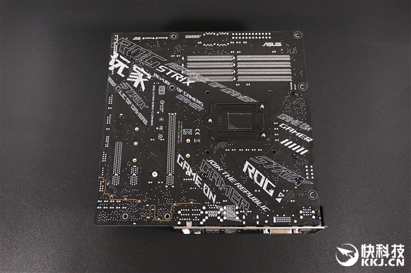 9相供电!华硕ROG Strix B365-G Gaming图赏