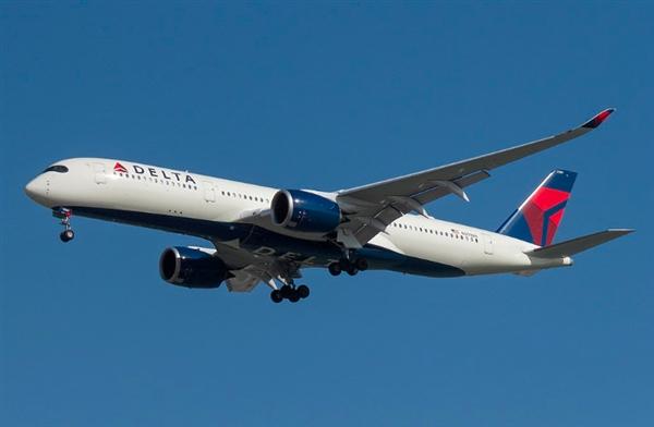 周鸿祎乘达美航空遇飞行员机组下班 客服:很多年没发生了