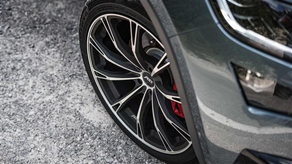ABT倾情打造科迪亚克RS!纽北最快7座SUV再进化:6.8秒破百