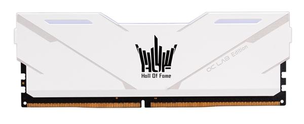支持软件调控灯效 HOF OC lab 极光内存今日发售
