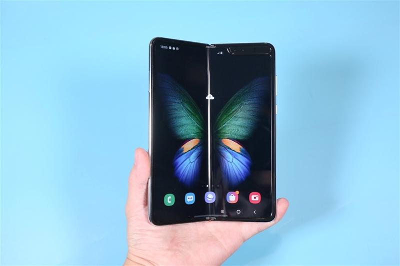 折叠屏归来 三星Galaxy Fold全面评测:未来手机就这样