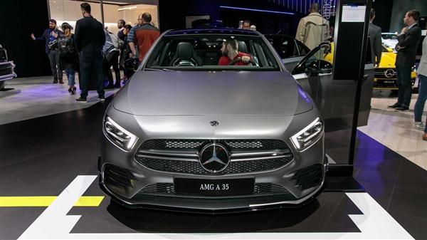 弹射首步 4.9秒破百!奔驰首款国产AMG车型立即上市开卖