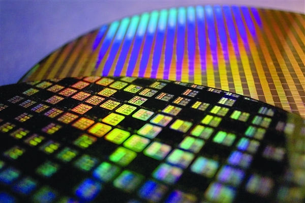 全球半导体技术发明专利TOP100公布:三星、台积电、京东方位居前三