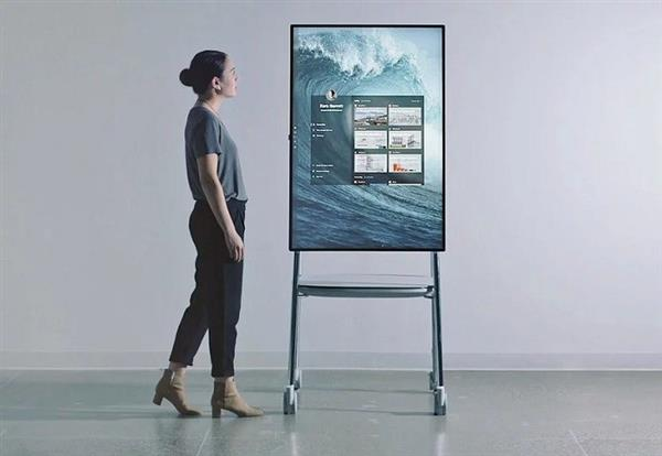 Surface Hub 2X或这样面世:预装Windows 10X 界面大变