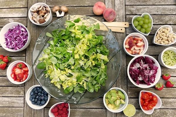 新钻研:间休性禁食有利身体健康 或能延迟寿命