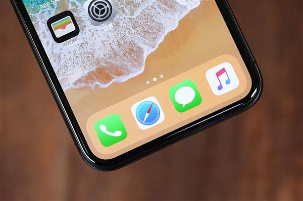 京东方OLED面板产能今年大涨200%以上 苹果始次采购