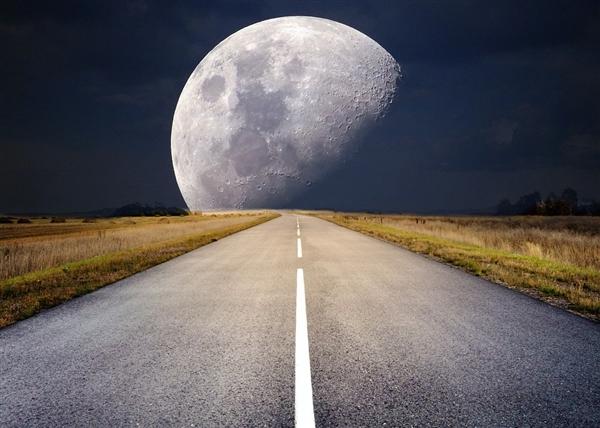 """又上线了!嫦娥四号探测器和""""玉兔二号""""月球车顺手唤醒"""