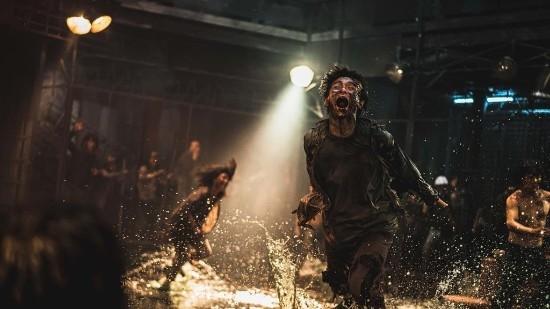 《釜山走2》剧照首次曝光:幸存者大战丧尸