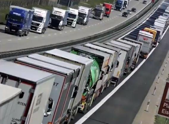 欧盟公路物流濒临崩溃 边疆点3小时走300米