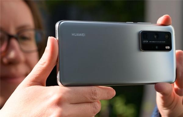P40卖四千来块性价比异常高:Pro版体验比120Hz手机更顺滑