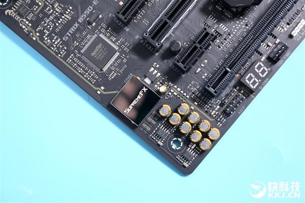 中端也奢华 华硕ROG STRIX B550-E GAMING主板图赏