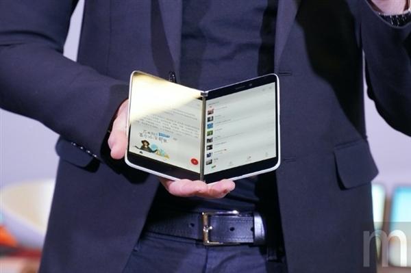 微软重返手机市场!Surface Duo即将上市:8月见