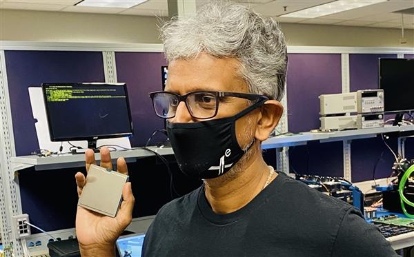 Intel三大自力显卡整体亮相!庞然巨物、水冷弹压