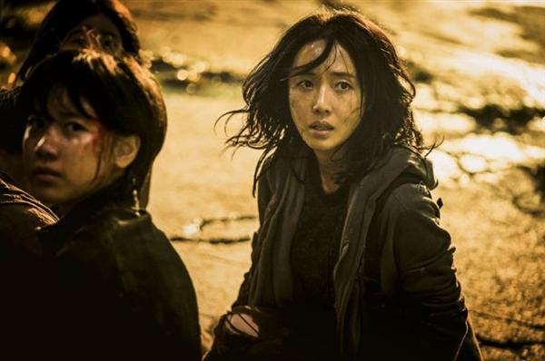 《釜山走2:半岛》定档:7月15日在韩国上映