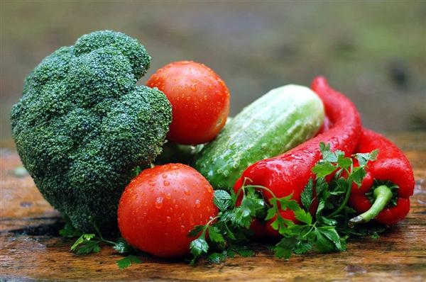 最脏蔬果排走榜出炉!你吃的果蔬真的洗清洁了吗?