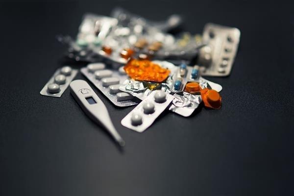 特朗普力推的新冠神药无效 世卫布局宣布停留试验羟氯喹等药物