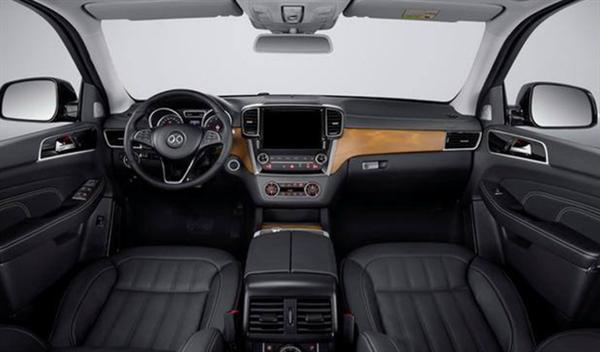 奔驰同款4.0T V8发动机!2020款北京BJ90售69.80万首