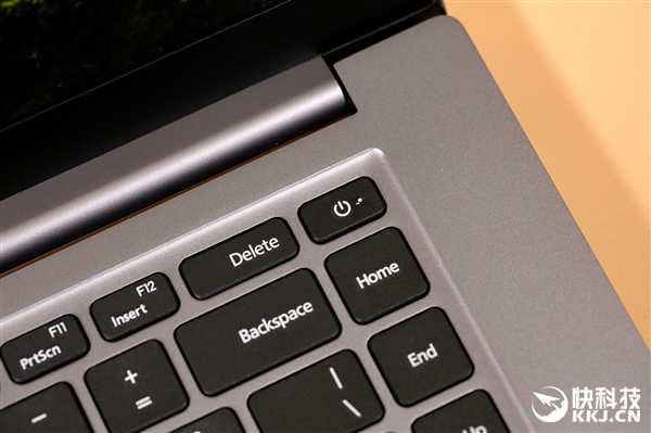 16.1英寸/90%屏占比 RedmiBook 16十代酷睿版图赏