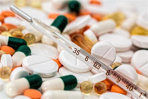 艾滋病终于能经由过程药物治愈!外子用药一年成功呈阴性:全球始例