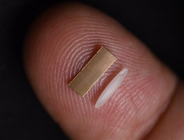"""国产芯片落后最大""""拦路虎""""不是光刻机:真实的柔肋被确定"""