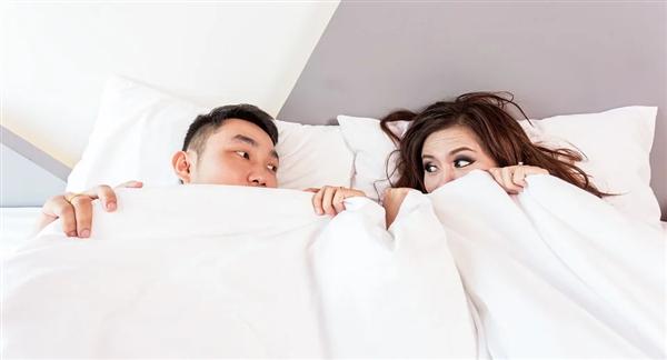 别分房睡了!钻研发现伴侣的气味能够挑高就寝效果