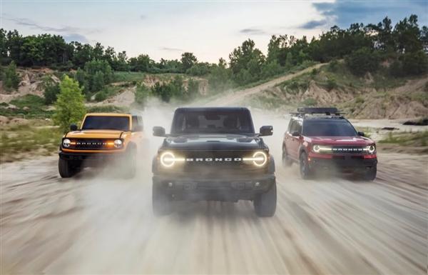 """法拉利""""同款""""跃马车标!福特Bronco正式发布:大梁 四驱 外挂备胎"""