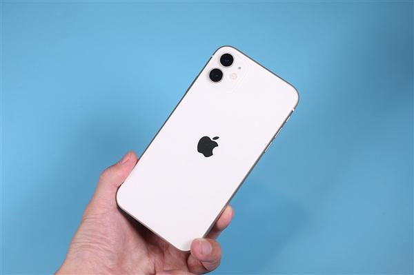 尿崩实锤!李楠:iPhone 12电池缩水 续航堪忧郁