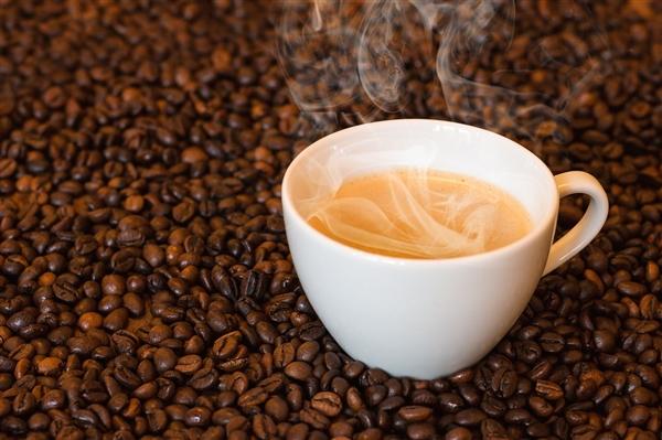 三大部门公布严厉处罚 瑞幸咖啡回应:正常运营 员工稳定