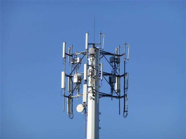 分析师:华为5G基站业务影响不大 7nm等芯片够用数年