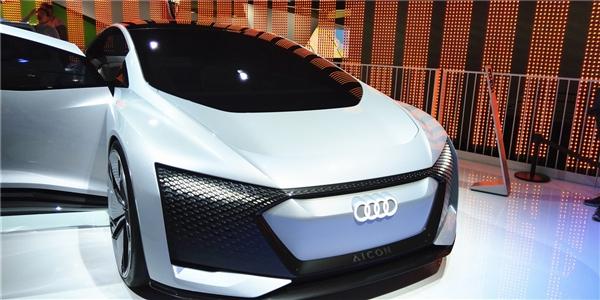 满足中国用户习惯!奥迪下一代车型平台将采用高德高精地图