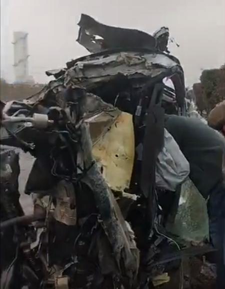 """中保研A柱撞成""""直角""""!别克GL8高速车祸4人均身亡 其余两车人无大碍"""