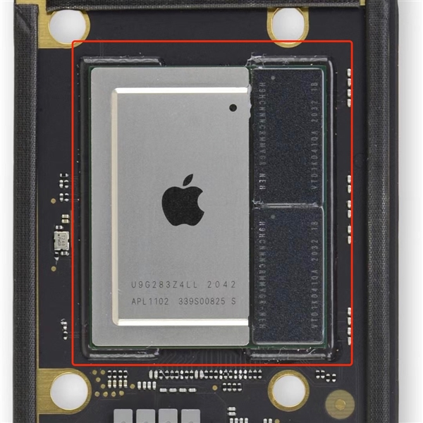 中国工程师破解M1!MacBook扩容16GB内存、1TB硬盘