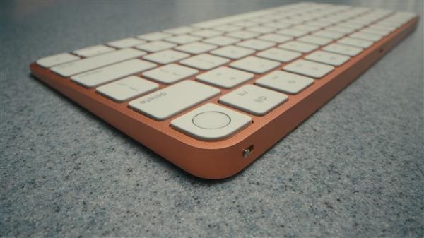 顶配1.3万元!苹果发布全新24英寸iMac:自主M1、更薄更多彩