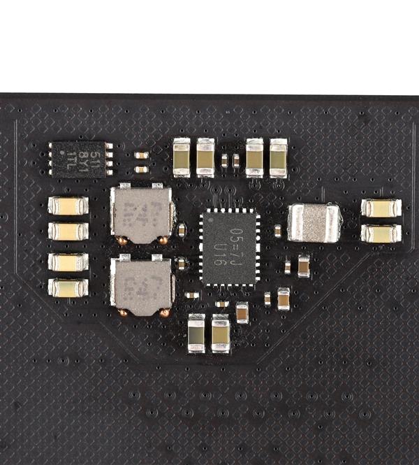 朗科自产DDR5内存高清图赏:将冲击10GHz
