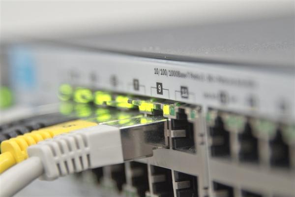 3.19亿兆!日本打破全球网速记录:1秒1万部高清大片