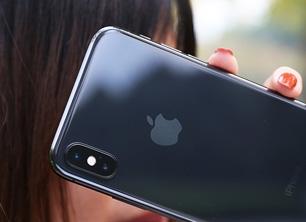 苹果疯狂!6.1寸廉价iPhone X太给力:买