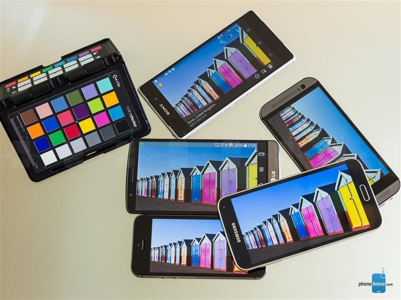 五大旗舰手机屏幕比拼 究竟谁才是第一?的照片 - 1