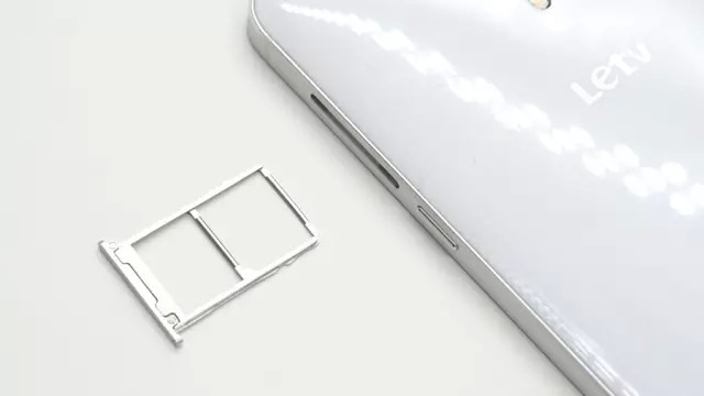乐视超级手机1499元真机拆解评测的照片 - 4